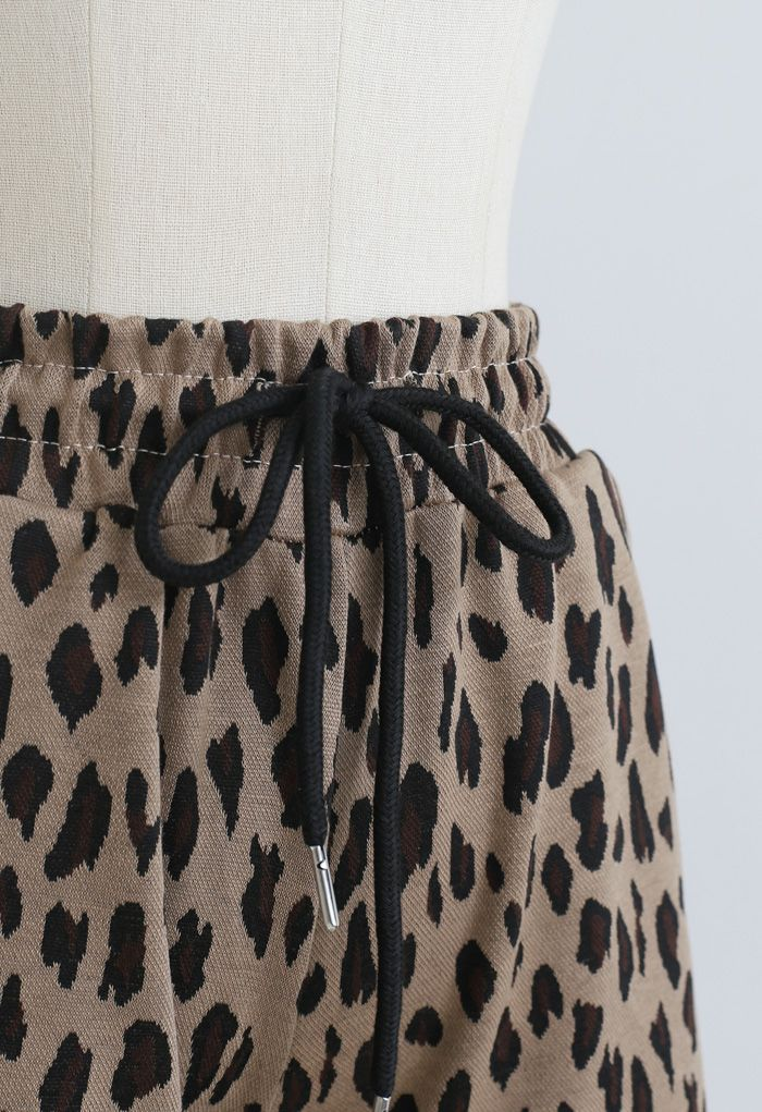 Leopard Print Drawstring Pockets Shorts in Caramel