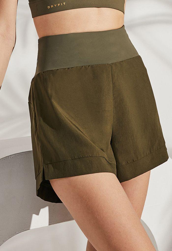 Crisscross Waist Sports Shorts in Army Green