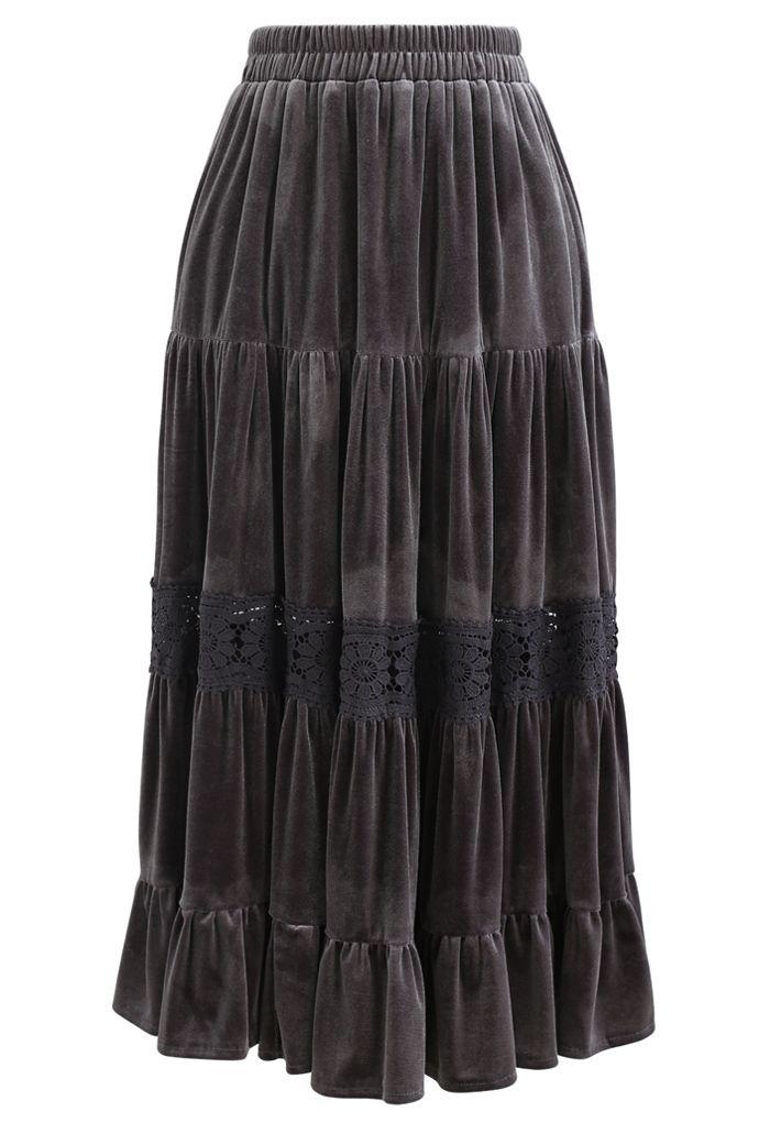 Velvet Crochet Spliced Pleated Skirt in Grey