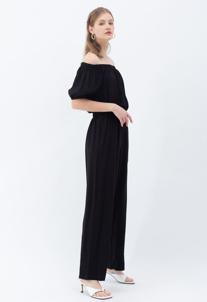 Off-Shoulder Cropped Top and Pants Set in Black