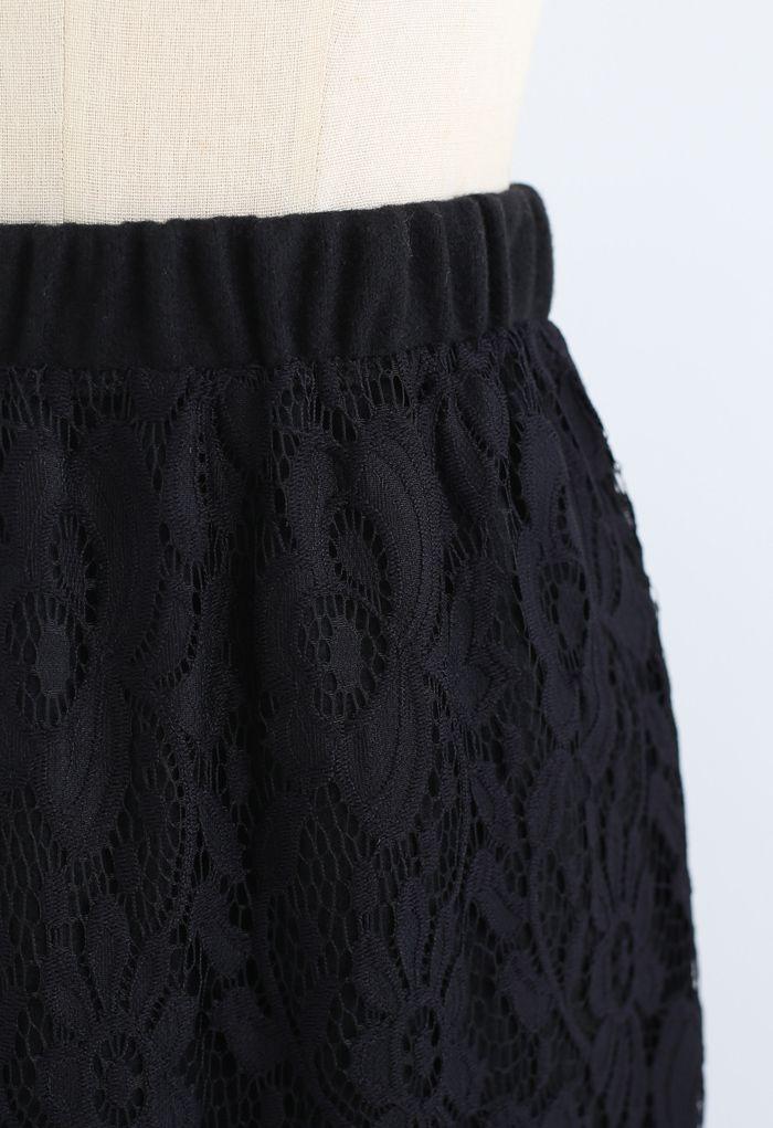 Reversible Soft Knit Lace Midi Skirt in Black