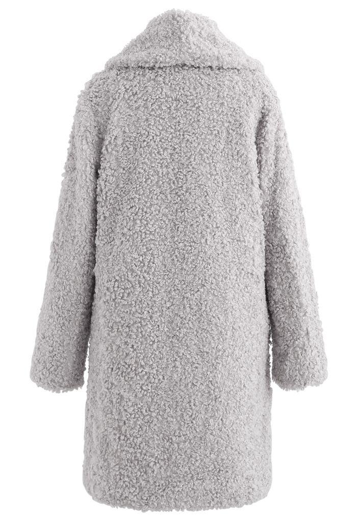 Sensación de calidez Abrigo largo de piel sintética en gris