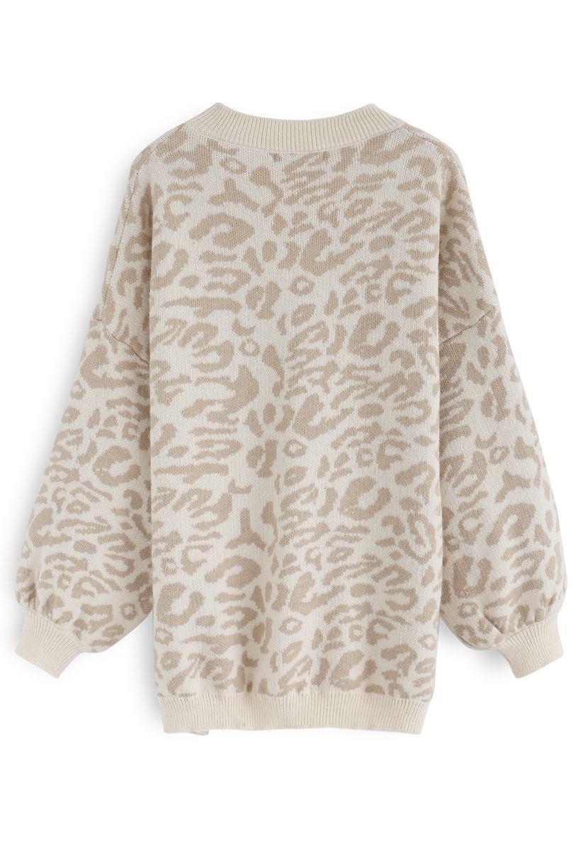 Es el suéter extragrande de leopardo de Good Life