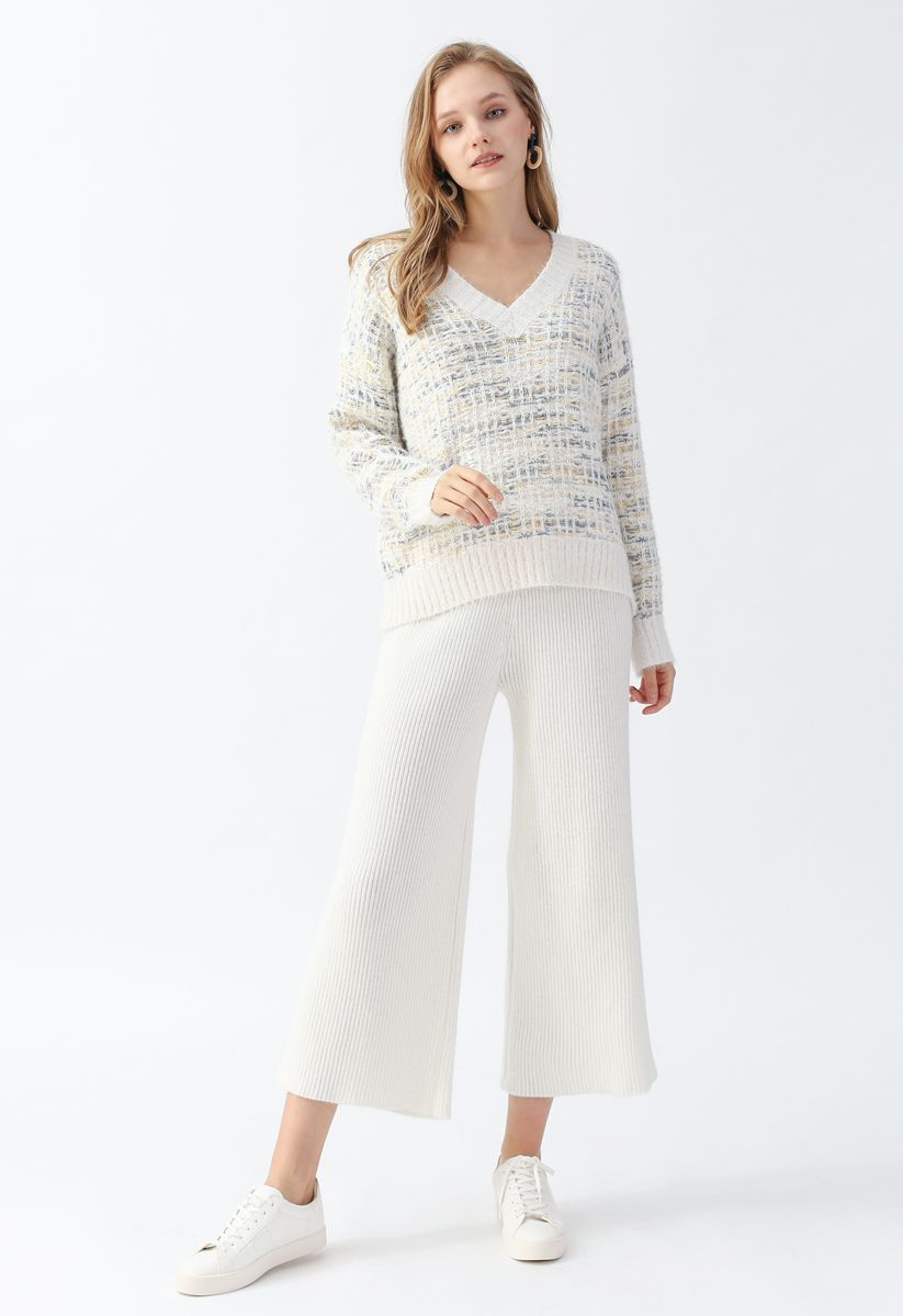 V-Neck Colored Fluffy Knit Sweater in Ivory