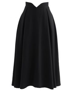 V-Shape Cutout Shimmery Pleated Skirt in Black