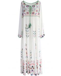 Maxi Vestido Blanco con Bordado Floral