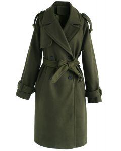 Abrigo ceñido de mezcla de lana con doble botonadura en verde militar