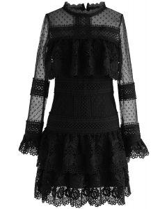 Vestido de malla de crochet con gradas Sweet Destiny en negro