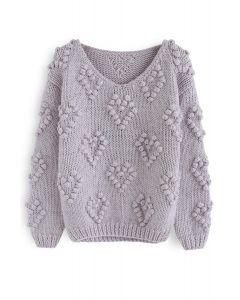 Suéter con cuello en V de punto de amor en lavanda