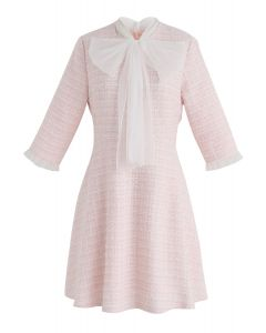 Un toque de feminidad Vestido de tweed en rosa