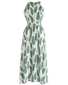 Vestido largo con cuello halter y estampado de hojas de palma de verano en verde