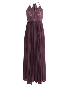 Go Graceful Vestido largo plisado de encaje en violeta