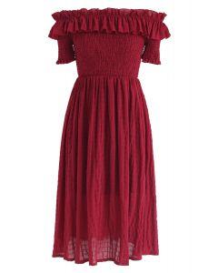 Domingo por la tarde vestido plisado sin hombros en rojo