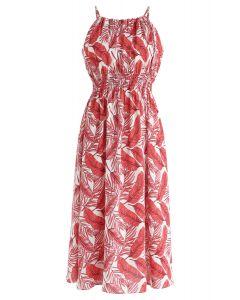 Vestido a media pierna con cuello halter de Field of Palm en rojo