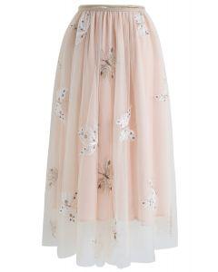 Falda midi de malla de doble capa con bordado de mariposa