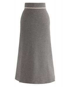 Slant Stripes Knit Midi Skirt in Black