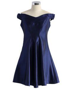 Bello Vestido Amplio en Azul Real